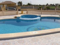 Private Villa with pool and central heating (2)